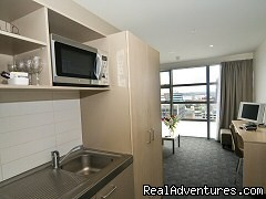 Full kitchen facilties - Tetra Waldorf Budgets Serviced Apartments,Auckland