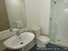 Bathrooms - Tetra Waldorf Budgets Serviced Apartments,Auckland