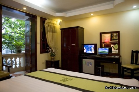 Deluxe room with balcony and private computer - Jasmine Garden Hotel-Hanoi Old Quarter