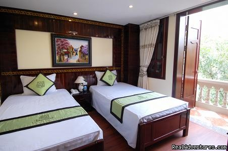 Deluxe Twin with a balcony - Jasmine Garden Hotel-Hanoi Old Quarter