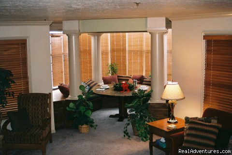 Great dining area for family games - Rene's Empire Park City Condo