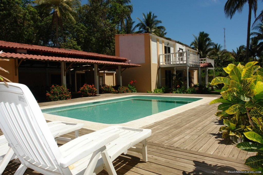 Mizata resort is a little hotel located at Playa Mizata, La Libertad at the west coast of El Salvador. Just 5 rooms with all the amenities you need to have a perfect holiday(Pool, restaurant)  There are 3 surf spots in front with a nice sandy beach.