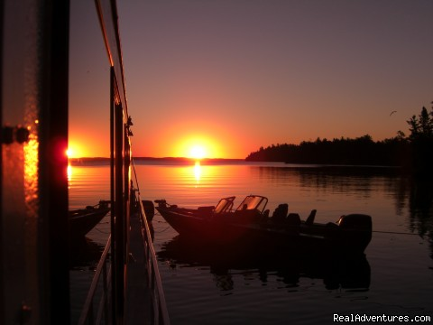 Another beautiful end to a great day! - Rainy Lake Houseboats  premier houseboat rentals