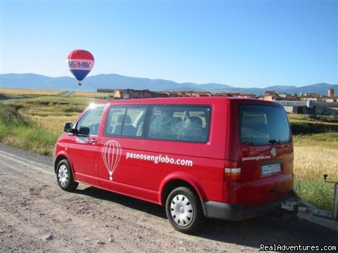 Chase vehicle | Image #10/11 | Hot-air Balloon Rides in Madrid & Segovia, Spain