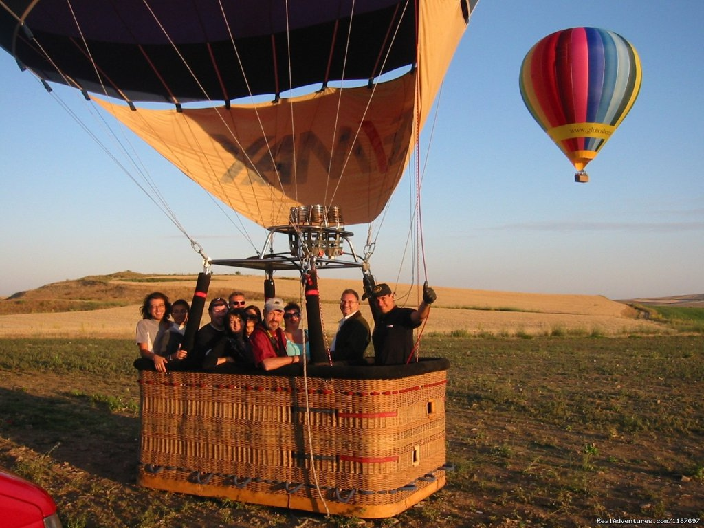 Ready to launch | Image #3/11 | Hot-air Balloon Rides in Madrid & Segovia, Spain