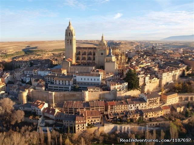 Segovia Old Town from the air | Image #6/11 | Hot-air Balloon Rides in Madrid & Segovia, Spain