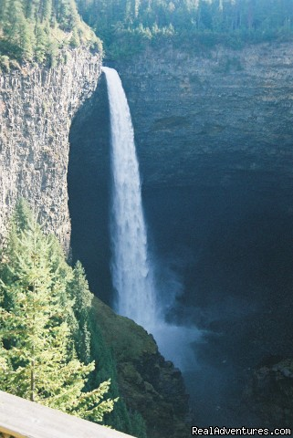 World renown Helmcken Falls - Wyndhaven Cottage B&B; on route to Wells Gray Park