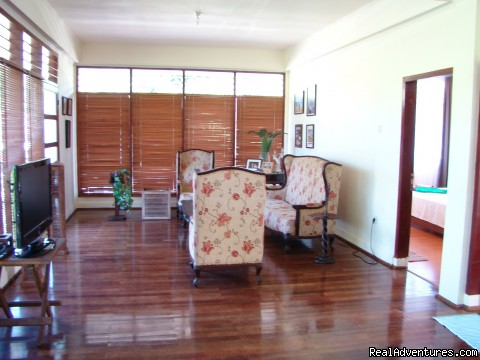 Coconut wood flooring - Cozy villa in village which you can see Mt Klabat