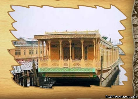 kashmir Houseboats Location - Houseboats in kashmir