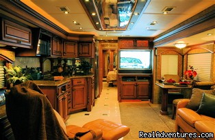 Travel Supreme Select Interior - Luxury and Economy RV Rentals in Nashville, TN