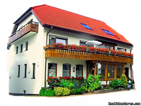 Gasthof zur Linde ...your cosy Guesthouse in Dobel