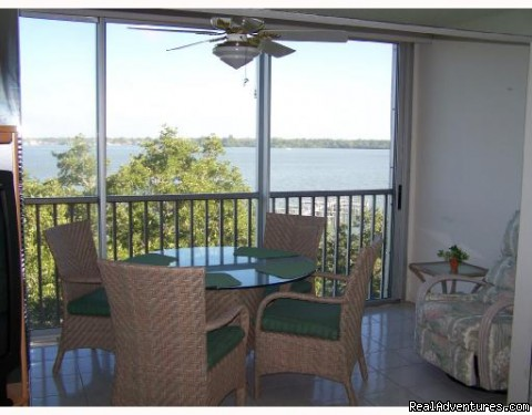 Gulf Coast Beach Condo with Boat Dock