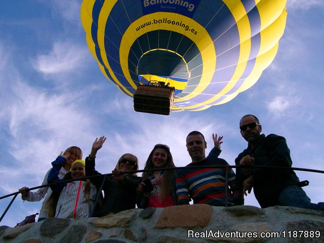Balloon just after take off - Hot air balloon flights from Barcelona, Spain