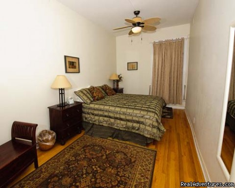 - Lincoln Park 3 Bedroom Victorian