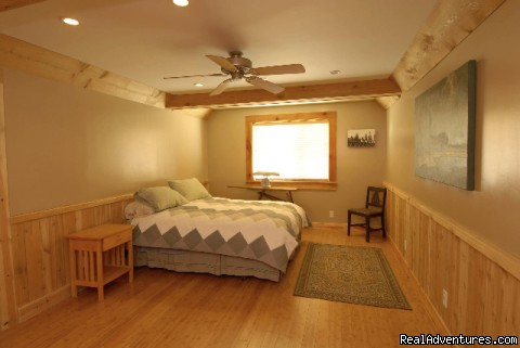 McCloud Vacation Home Master Suite (#3 of 15) - McClould Vacation Home, Mt. Shasta