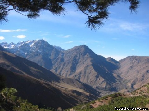 Trekking & walking in the atlas mountains Morocco,: Trekking in Toubkal mountains