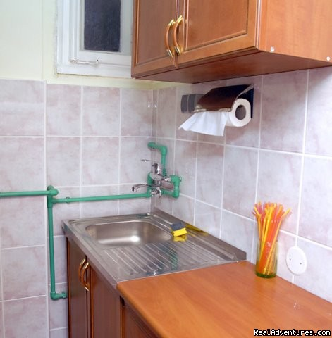 KITCHEN - HOSTELFLASH - Perfect Choice for Belgrade Visitors