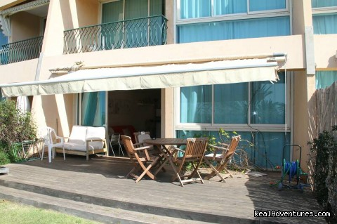 - Luxury Garden Apartment in Neot Golf Caesarea