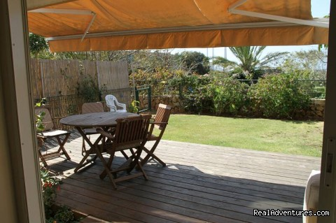 Private Garden - Luxury Garden Apartment in Neot Golf Caesarea