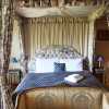 King size four poster bedroom