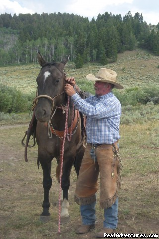 Range Riders:  Riding with Wolves: Range Rider Jim Powers and horse