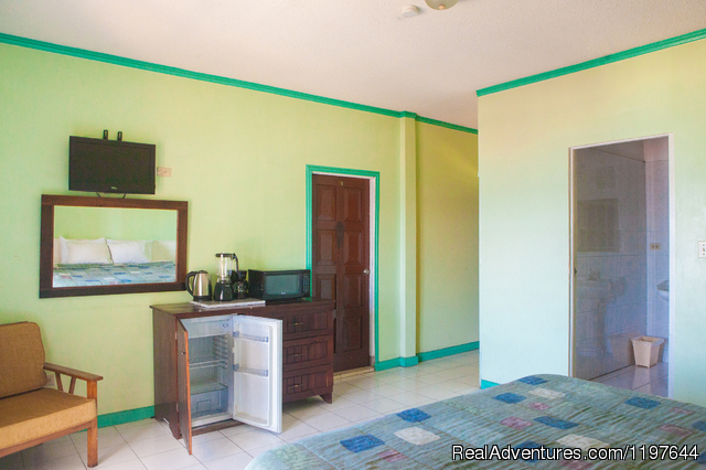Two single beds - Montego Bay Club Condo