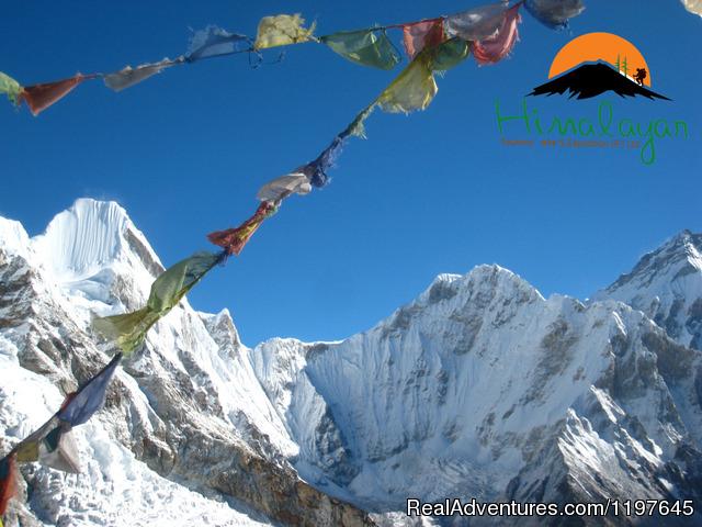 Trekking and Hiking in Nepal EBc Trek