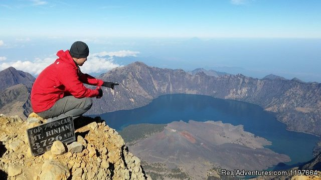Hiking trekking climbing adventures mount Rinjani