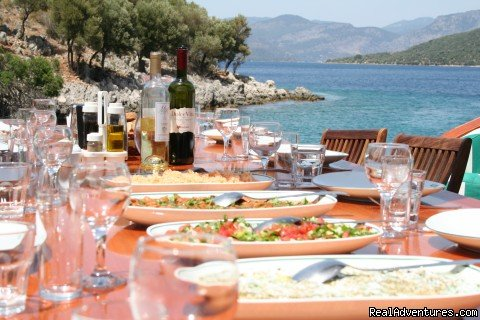 Lunch in a cove in Turkey | Image #7/23 | Archaeological Tours, Gulet Cruises and Charters