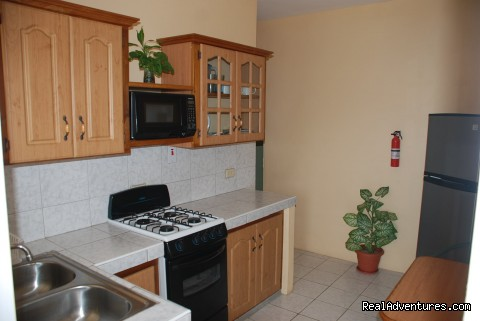Kitchen - Reef View Apartments