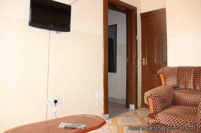 One bedroom Apartment with a separate cooking area + Dining - Hotel Near lake & Furnished Apartment.Kisumu,Kenya