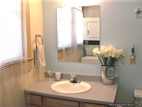 Bathroom - Roswell Vacation Rental House Alien Cottage