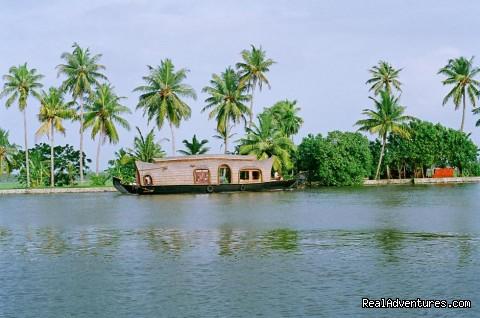 boathouse in kerala. Alleppey Houseboats,kerala