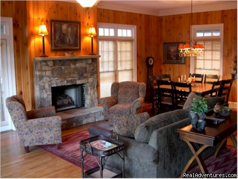 Gas Log Fireplace Den with Dining room for 8 people - Bear's Den Luxury Home Rental in Big Canoe