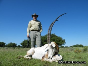 World Record Scimitar Horned Oryx - Hunting Packages in Texas Hill Country