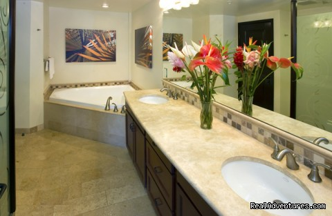 Bathroom of Queen Master Suite - Guests Rave about Us See Why Resort+Snorkel Gear