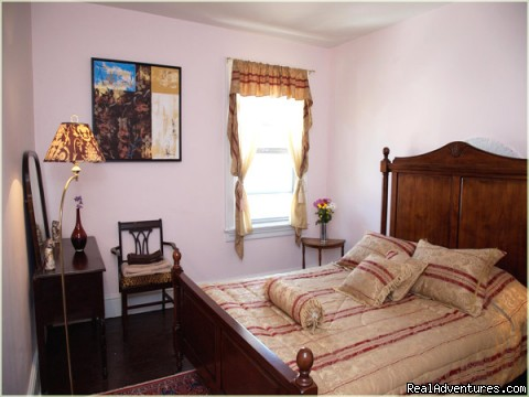 Garden Inn Toronto Toronto, Ontario Bed & Breakfasts