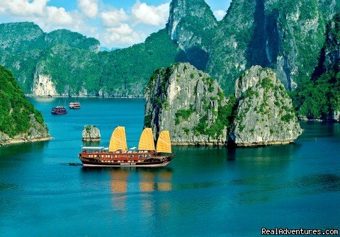 Backed by over ten years experience hosting international guests on the tranquil waters of Halong Bay, Indochina Sails has set a new standard for luxury cruising. The first company to offer overnight cruises on the bay.