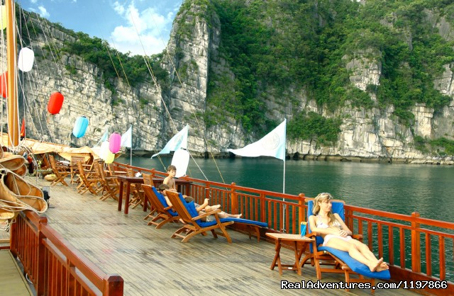 Indochina Sails - Halong Bay cruises - Indochina Sails - Halong Bay Cruises