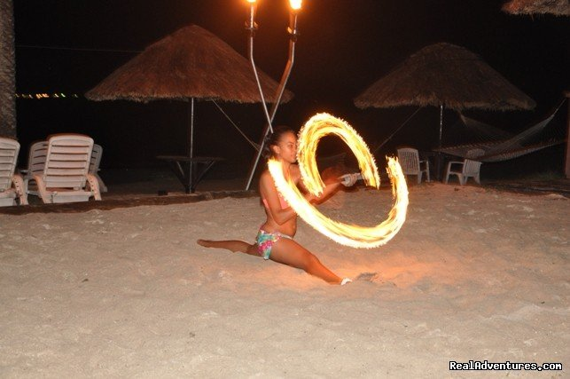 Polynesian Firedance | Image #1/23 | Nadi, Fiji | Hotels & Resorts | The place to be... Smugglers Cove