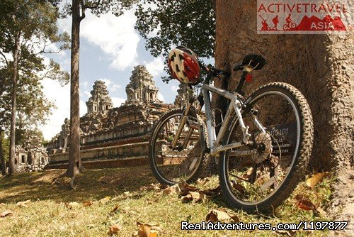 Cycling tours to explore Angkor Wat, Cambodia | Image #2/10 | Cycling to Coastal Cambodia 8 days