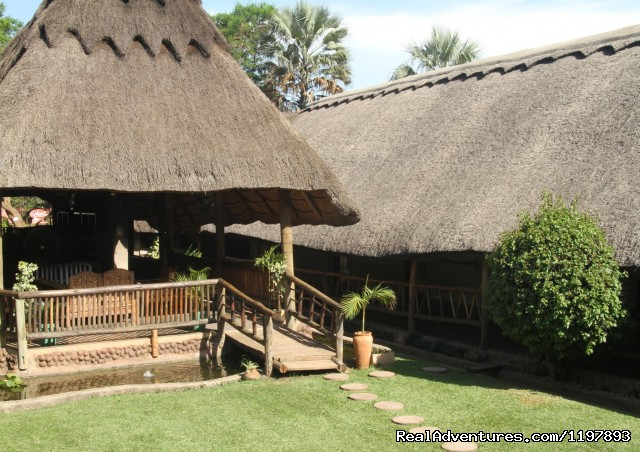 Image #2 of 15 - Ngolide Lodge & Livingstone / Victoria Falls