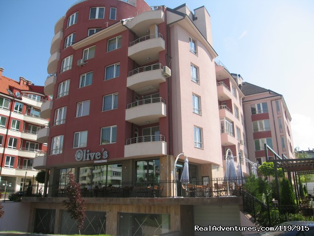 Building with resaurant Olives (#13 of 14) - Hotel Apartment 'MLADOST'
