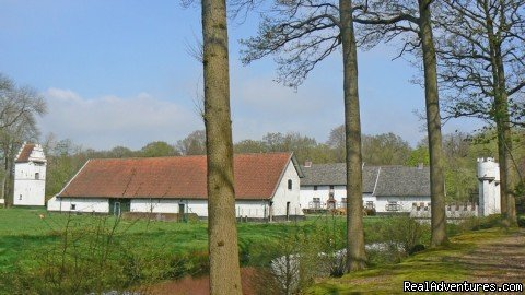 Ursel Drongengoed Estate | Image #8/25 | Romantic Lodge in Drongengoed Naturpark / Bruges
