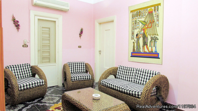 - beautiful large renovated apartment Dokki / Cairo.