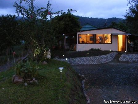 Essence Arenal Cafeteria by night - Essence Arenal Boutique Hostel