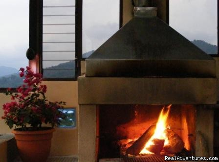 Essence Arenal Fire place - Essence Arenal Boutique Hostel