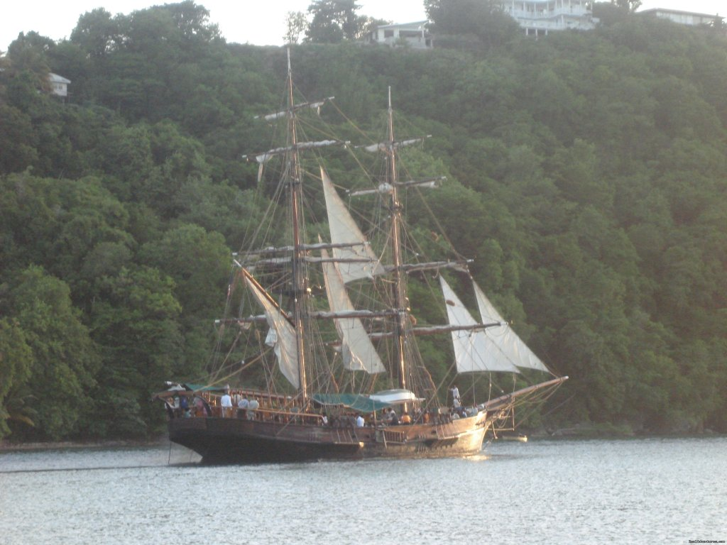 Pirates of the Caribbean -The Black Pearl sails into Marigot | Image #20/26 | Mango Beach Inn, Adventure Lodge