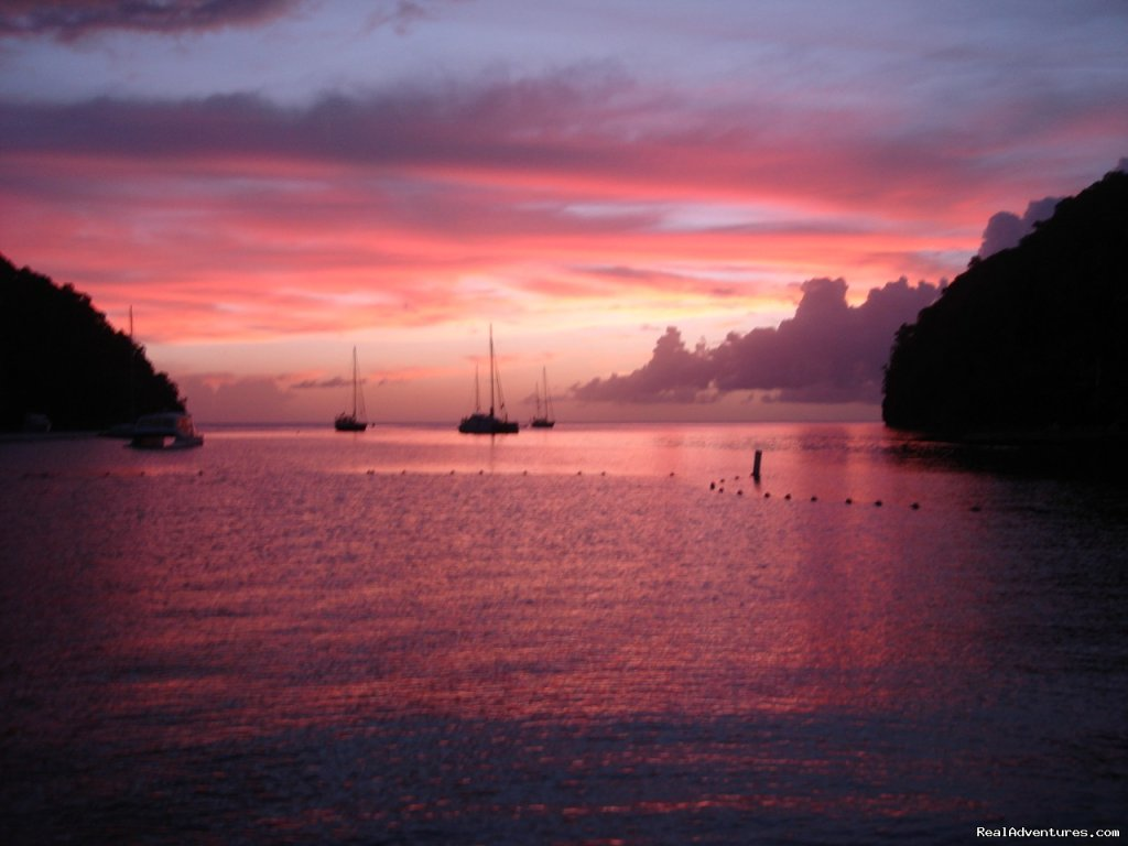 The famous Marigot Sunset | Image #25/26 | Mango Beach Inn, Adventure Lodge