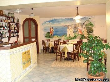 breakfast hall - nidodei is the ideal accommodation in Amalfi coast